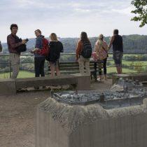 (02) Ausblick von der Burg Blankenberg auf das Siegtal