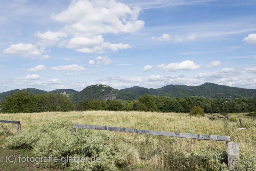 Das Siebengebirge, vom Rodderberg aus gesehen