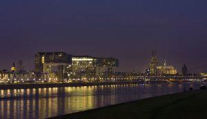 Köln Panorama mit Kranhäusern