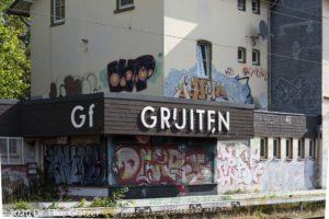 Bahnhof Gruiten mit Graffiti